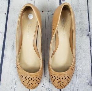 CHINESE LAUNDRY | Margaret low wedge shoe